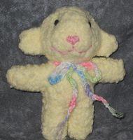 wee Lambie Meringue for Mia's Easter